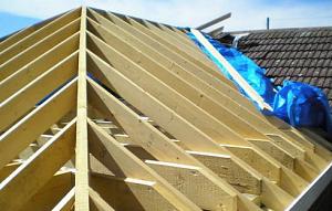Как построить крышу своими руками четырехскатную