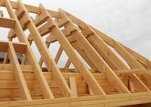 опоры вальмовой крыши